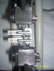 Extensometer for UTM Machine